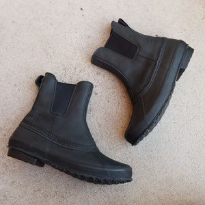 UGG Black Weatherproof ROMOSA Slip-on Boots S1